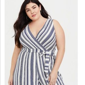 Torrid Sleeveless Culotte Jumpsuit. Size 2
